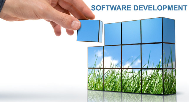 Custom Software Vs. Low Code Software Development – A Quick Comparison